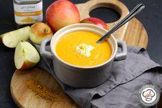 Ein wenig asiatisch aber unglaublich einfach, schnell und lecker gemacht braucht sich diese Apfel-Curry-Suppe nirgendwo verstecken. Hier das Rezept!