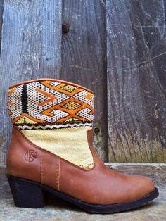 | kiboots | 'inez' ankle boot - size 40 {9}