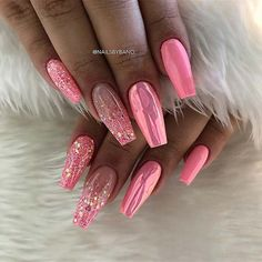 43 Beautiful Nail Art Designs for Coffin Nails Pink Chrome and Glitter Coffin Nails Related posts:# uñas # uñaslindas # # grey and white manicure with. Fancy Nails, Trendy Nails, My Nails, Vegas Nails, Nailed It, Nagel Blog, Best Acrylic Nails, Dream Nails, Super Nails