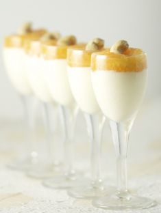 This chic and delicious ginger panna cotta with a tangerine gelee will have everyone at the table in awe!