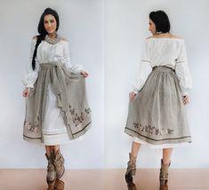 Exclusive set in the ethno-style Ethnic Fashion, Hijab Fashion, Boho Fashion, Fashion Dresses, Womens Fashion, Fashion Design, Casual Day Dresses, Girls Dresses, Pretty Dresses