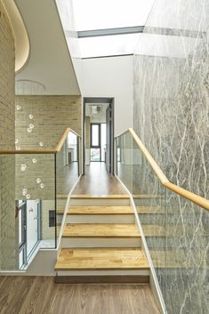 Gallery of Seaside Wall House / KHY architects - 14