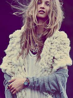 I want this shawl!! Free People Super Chunky Merino Shawl