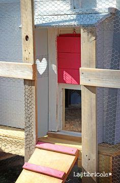 poulailler 9 Hen House, Decoration, Chicken Coops, Home Decor, Board, Gardens, Chicken Coop Decor, Mobile Chicken Coop, Potager Garden