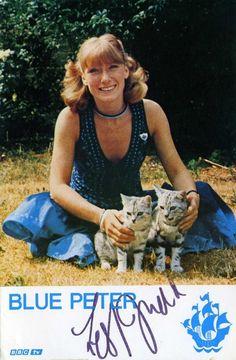 Lesley Judd Blue Peter Presenters, Cute Woman, Childhood Memories, Tv Series, Random Stuff, Cheesecake, Charmed, Actors, Cheesecakes