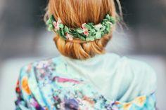 Media corona de hortensia preservada.