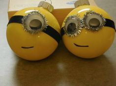 Home made Christmas decoration : minions!!