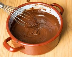 12 Things You Never Thought to Dip in Chocolate (Slideshow) Snack Recipes, Snacks, No Cook Desserts, Frappe, Seitan, Chocolate Fondue, Nutella, Dips, Cake Decorating