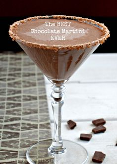 The best chocolate martini you've ever had. GUARANTEED! Find the recipe at www.musingsofahousewife.com