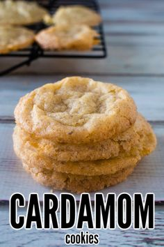These rich spice cookies are traditional Scandinavian cookies. Crisp and tasty they are a delicious homemade cookie the entire family will love. Flavored with cinnamon and cardamom they make the entire house smell amazing! Cookie Desserts, Easy Desserts, Cookie Recipes, Delicious Desserts, Dessert Recipes, Delicious Blog, Bar Recipes, Oven Recipes, Yummy Food
