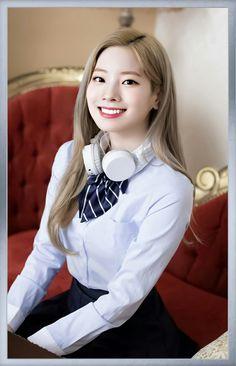 Kim Dahyun photo and wallpapers. Nayeon, Kpop Girl Groups, Korean Girl Groups, Kpop Girls, Korean Beauty, Asian Beauty, University Girl, Twice Once, Twice Dahyun