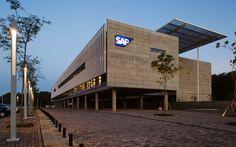 Gallery of SAP Labs Latin America / Eduardo de Almeida, Shundi Iwamizu Arquitetos Associados - 4