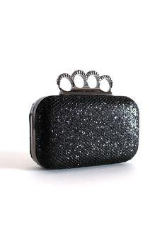 Clutch anillos en brillantes, disponible en www.lolitaonline.es