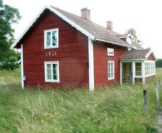Traditional 19th century stuga in Sweden https://fbcdn-sphotos-c-a.akamaihd.net/hphotos-ak-xaf1/v/t1.0-9/10629684_264291027103889_2140510583016070197_n.jpg?oh=f888b0ebc57a6f82fbefe46943625e48&oe=54EACA29&__gda__=1425595544_fb73fe6448b9649d685f0dbac03d727b