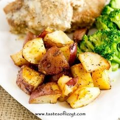 Simply seasoned, easy oven roasted potatoes make the ideal side dish for a meat and potatoes dinner. A high baking temperature makes the potatoes brown nicely.