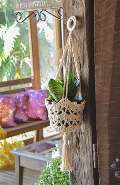 Crochet Flower Tutorial, Crochet Flower Patterns, Crochet Flowers, Crochet Decoration, Crochet Home Decor, Macrame Projects, Crochet Projects, Paris Crafts, Crochet Plant Hanger