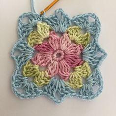 Transcendent Crochet a Solid Granny Square Ideas. Inconceivable Crochet a Solid Granny Square Ideas. Crochet Motifs, Crochet Blocks, Granny Square Crochet Pattern, Crochet Flower Patterns, Crochet Stitches Patterns, Crochet Squares, Crochet Designs, Crochet Flowers, Knitting Patterns