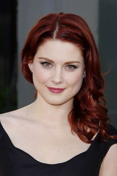 """Alexandra Breckenridge Photos - Alexandra Breckenridge attends HBO's season 4 premiere of """"True Blood"""", held at the ArcLight Cinemas in Los Angeles. - Season 4 Premiere of 'True Blood' Alexandra Breckenridge, Red Hair Pale Skin, Dark Red Hair, Red Hair Color, Red Color, Tintes Color Chocolate, Auburn Hair, Beautiful Redhead, Colorful Hair"""