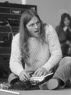 Gilmour scat singing  (photo from Rob Ellis' photo collection)
