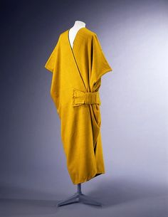 Mantle, c. 1913, Paul Poiret. Victoria and Albert Museum
