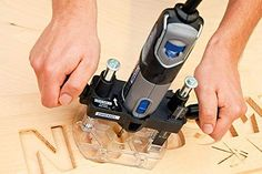 Dremel 4000 - Used with Dremel Router Table attachment.I have the same dremel One of the best I've had so far love how you can manually change the speed settings Dremel 4000, Dremel Werkzeugprojekte, Dremel Bits, Dremel Wood Carving, Dremel Rotary Tool, Dremel Router Table, Cnc Router, Sculpture Dremel, Accessoires Dremel