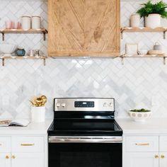 #kitchendecor #instakitchen #kitcheninspiration #kitcheninspo #kitchendesign #kitchenideas #kitchensofinstagram