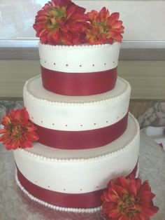 Three Tiered Round, Fall Wedding Cake.     D & D Cake Designs/Jacksonville, Florida