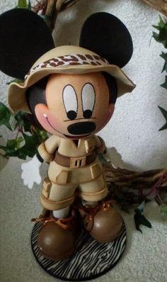 fofucho mickey                                                                                                                                                                                 Más