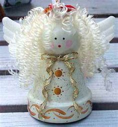Aww...sweet angel! Clay pot craft- Don't know if there's instructions, but lots of cute pics of clay pot crafts Craft Day, Love Craft, Clay Pot Crafts, Crafts To Make, Christmas Clay, Bazaar Ideas, Clay Pots, Holiday Crafts, Dolls