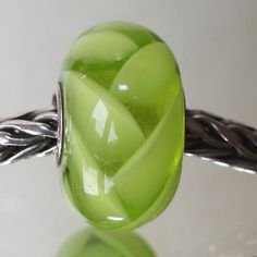 Trollbeads-Authentic-Trollbead-OOAK-Unique-Lime-Green-Feather