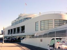 SFMaritimeMuseum - Streamline Moderne - Wikipedia, the free encyclopedia