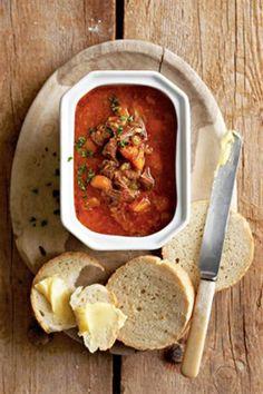 Eerlikwaar 'n maaltyd op sy eie. Begin al die vorige dag daarmee New Recipes, Soup Recipes, Dinner Recipes, Cooking Recipes, Coffee Recipes, Dinner Ideas, Kos, South African Recipes, Ethnic Recipes