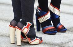 Schoenen tips voor jouw figuur. Lees hier alles over schoenen tips voor jouw figuur. Ontdek hier tips voor korte, dikke en dunne benen etc.