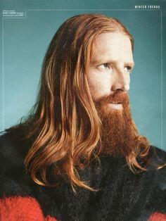 Johnny Harrington looks like Jamie with the Viking looks
