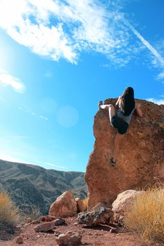 www.boulderingonline.pl Rock climbing and bouldering pictures and news Putting up some bs F