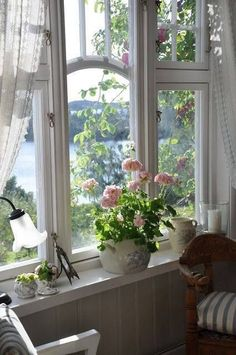 All Things Shabby and Beautiful. //  ♡ WHAT A GORGEOUS WINDOW!!! (And the scenery beyond isn't that shabby, either!) ♥A