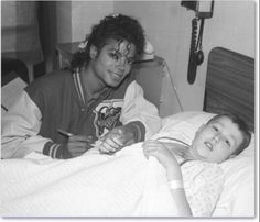 Photo of Speechless for fans of Michael Jackson 15695697 Invincible Michael Jackson, Michael Jackson Bad Era, Mike Jackson, Jackson Family, Sydney, Berry Gordy, King Of Music, Losing Someone, Archangel Michael