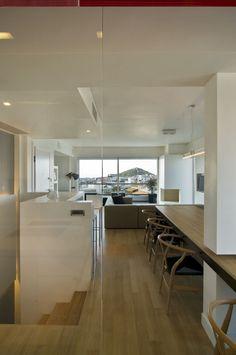 LAMBROS & LEUTERIS APARTMENT   TABLE HOUSE #Glass #Detail #Architecture #Interiordesign #Ampelokipoi #Athens #Greece #Kipseliarchitects
