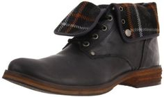 Men's Housston Lace-Up Boot Steve Madden. Leather and synthetic. Made in Portugal Steve Madden Boots, Lace Up Boots, Timberland Boots, Men's Clothing, Portugal, Shoe Boots, Gadgets, Leather, Outfits