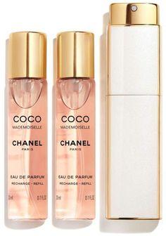 Chanel Coco Mademoiselle 60 ml € / 100 ml) Perfume Scents, Fragrance Parfum, Parfum Victoria's Secret, Parfum Chanel, Chanel Chanel, Chanel Bags, Chanel Handbags, Mademoiselle Coco, Chanel Beauty