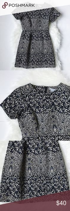 """H&M Floral Jacquard Dress Mint condition, only worn once for a wedding • H&M Floral Jacquard Dress: a lovely floral-jacquard dress in black, blue, and cream print. 16"""" across the chest, 32"""" from shoulder to hem. Polyester, cotton, elastane. H&M Dresses"""