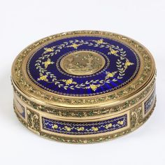 Enamelled gold box, with maker's mark 'D', Switzerland, about 1790