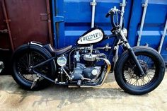 Awesome Old School. #motorcycle #triumph