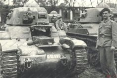 Romanian Renault  R-35 tank War Of Attrition, Ww2 Tanks, French Army, Tank Design, Military History, Armed Forces, World War Ii, Troops, Romania