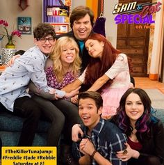 "Behind the scenes of the ""Sam & Cat"" special!"