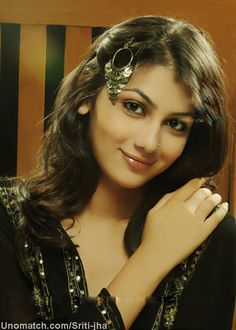 Sriti Jha (born in Begusarai in Bihar. on 26 February 1986) is an Indian television actress. Sriti Jha made her television debut in Dhoom Machaao Dhoom where she played the shy and superstitious Malini Sharma who was part of the all-girl musical group in school called the Pink Band and was later cast as the lead in the romantic drama Jiya Jale as Sunaina. like : http://www.Unomatch.com/Sriti-jha/