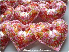 Chaveiros de Feltros Estampados, Bordados e em Formato de Coração/Lembrancinhas para Datas Comemorativas.