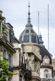 Arquitectura de Buenos Aires Argentina Spanish Architecture, Vintage Architecture, South America Travel, Most Beautiful Cities, Kirchen, Travel Photos, The Good Place, Taj Mahal, Places To Go
