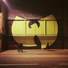Artist @aroe_msk by @graff.funk #mural #wallart #sprayart #spraypaint #drawing #painting #giant #wutang #music #hiphop #mixtape #calligraphy #typography #lettering #writing #graffiti #arteurbano #streetart #graphicdesign #contemporaryart #newyork #nyc #awesome #dope