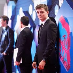 Martin Garrix at the EMA red carpet ➕✖